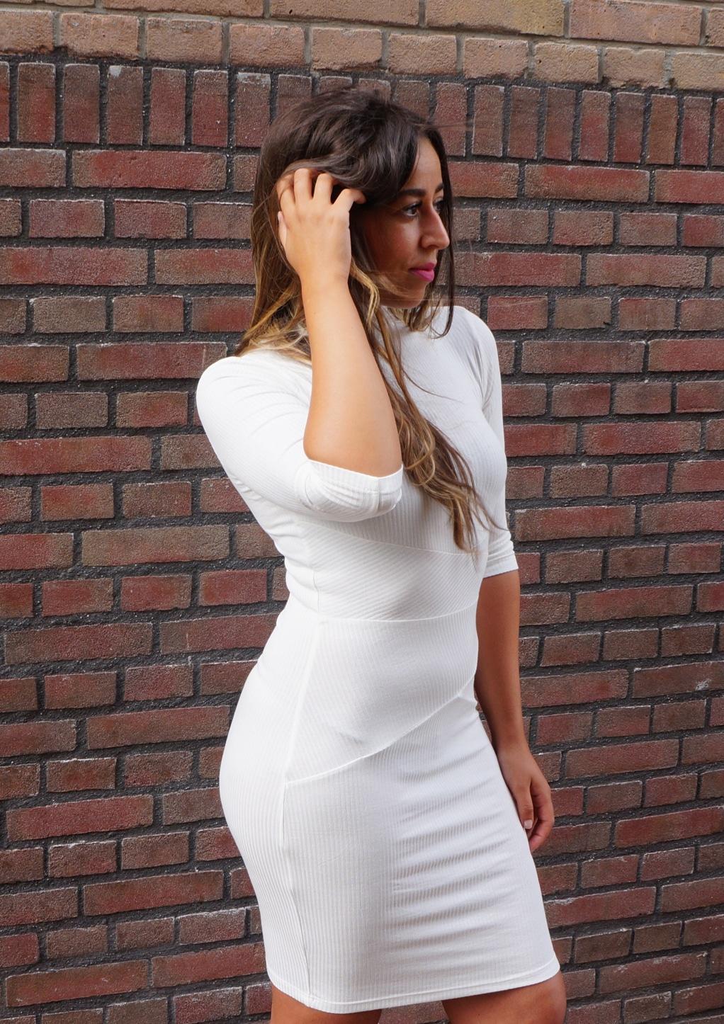 Witte jurk met col