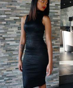 zwarte-jurk-met-col-stretch