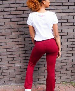Rode broek met wijde pijpen shoppen?