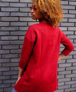 Rode trui met split Rihanna bril