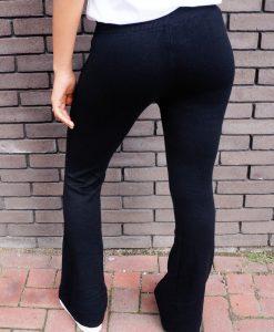 Zwarte stretch broek met wijde pijpen shoppen?