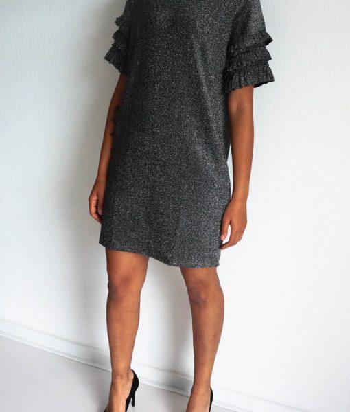 Zilverkleurige wijde jurk kerstoutfit